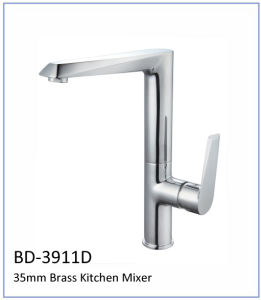 Bd3911A High Quality Single Lever Basin Faucet 35mm pictures & photos