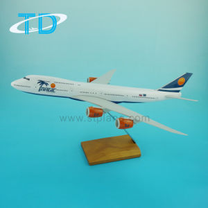 1: 200 Scale B747-8 Boeing Civil Airplane Resin Model Toy pictures & photos