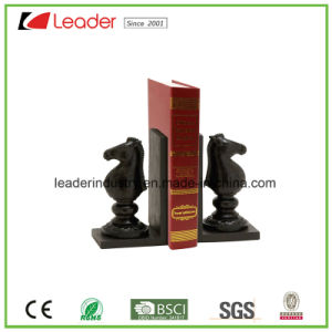 Hand Painted Polyresin Chess Bookend Figurines for Home and Table Decoration pictures & photos