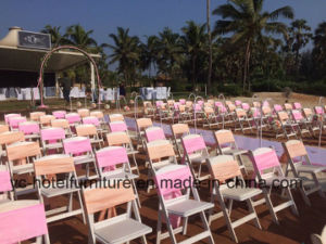 White Foldable Gladiator Chairs for Wedding (YC-P50-01) pictures & photos