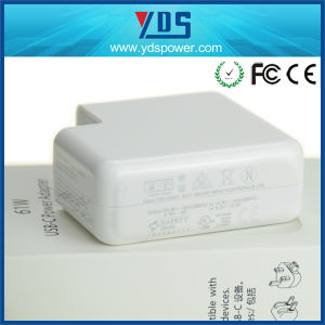5.2V 2.4A 61W Type-C USB Power Adapter pictures & photos