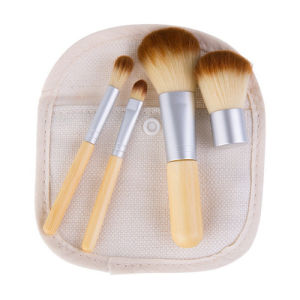 4PCS Makeup Brushes Kit with Bamboo Handle pictures & photos