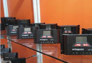 Fangpusun 12V 24V Pr3030 Solar Charge Regulator 30A pictures & photos