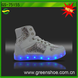 Sneakers LED Shoes for Women Rechargeable pictures & photos