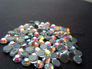 Top Quality Hot Fix Rhinestone Crystal Preciosa for T Shirt (SS20 Siam/4A grade) pictures & photos