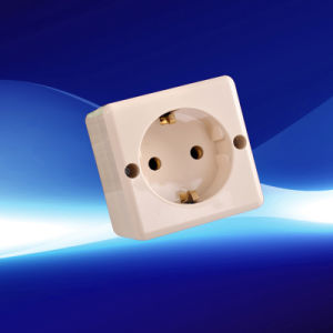 European Wall Socket with Earthing