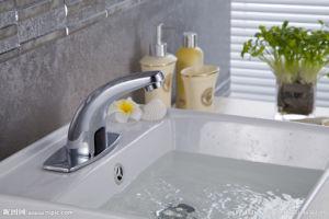 Innovative Technology Infrared Sensor for Faucet Automatic Tap pictures & photos