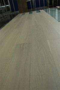White Washed Lacquered Ab Grade Oak Timber Engineered Flooring pictures & photos