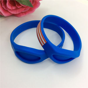Logo OEM Custom National Flag Fashion Silicon Rubber Wrist Band pictures & photos
