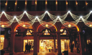LED Festival Club Decorative String Curtain Light pictures & photos