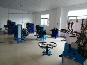 2016 Automatic Spring Coiling Machine pictures & photos
