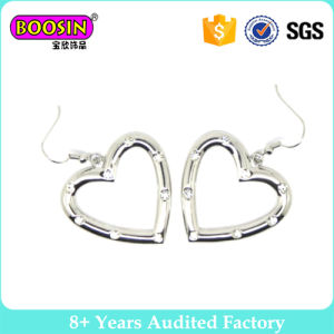 High Quality Big Heart Shaped Earrings with Crystal pictures & photos