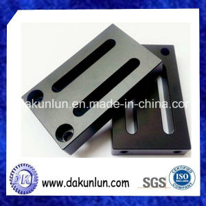 CNC Drilling and Milling Precision Non-Standard Metal Parts pictures & photos