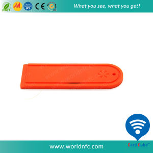 Anti-Acid Alien H3 Silicone Laundry RFID Tag for Garments Management pictures & photos