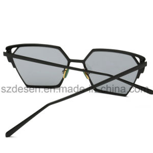 Fashionable Cat Eye Mirror Lens Metal Sunglasses for Lady pictures & photos