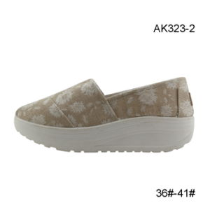 Injection Canvas Women Sports Shoes Casual Cheap Small Order (AK323-2) pictures & photos