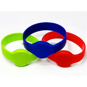 Custom Printed Silicone NFC RFID Wristbands pictures & photos