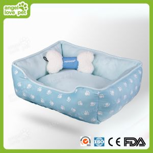 Embossing Short Plush Pet Bed pictures & photos