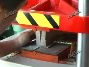Pressing Pavement Splitter Wall Machine Stone Tool P85 pictures & photos