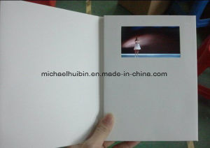 OEM Supply 5.0′′ LCD Display Birthday Video Invitation Brochure (VC-050) pictures & photos