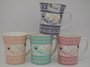 New Product for 2017 Shiny Colorful Ceramic Mug pictures & photos