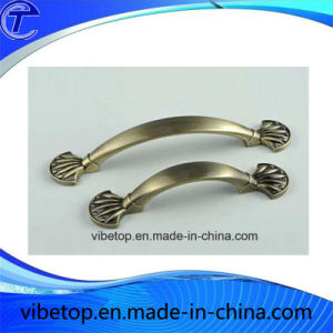 High Quality Zinc Alloy Antique Door Handle and Hardware pictures & photos