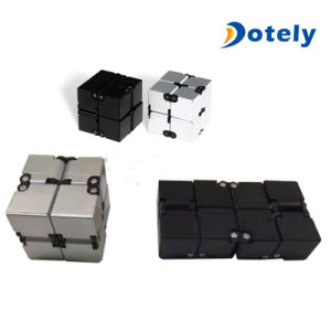Magic Folding Cube Puzzles Infinity Fidget Cube Stress Relief Toy pictures & photos