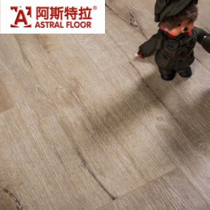 8mm Ans 12mm German Techology Light Oak Embossed Laminate Flooring pictures & photos