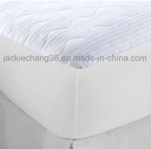 Jacquard Weave Quilting Waterproof Mattress Pad pictures & photos