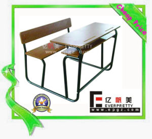 2015 School Double Desk and Bench for Children pictures & photos
