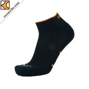 Men′s Coolmax Cotton Quarter Running Socks (162025SK) pictures & photos