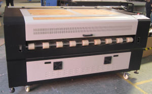Auto Feeding Laser Cutting Machine (FLC1610A) pictures & photos