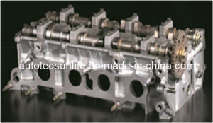 Auto Parts, M6/M3 2.0L Petrol Engine Cylinder Head for Mazda