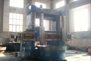 Factory Price Vertical Lathe with Siemens 802D CNC System (CK5225) pictures & photos