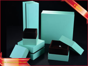 Gold Paper Jewelry Packing Box Luxury Jewelry Paper Box pictures & photos