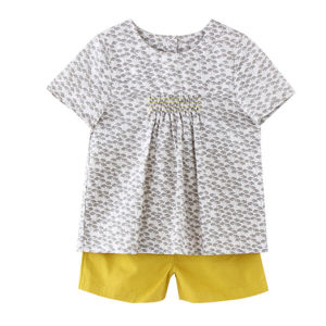 Cotton Children Apparel Girls Summer T-Shirt pictures & photos
