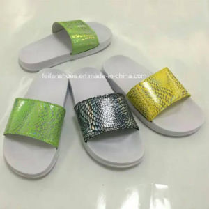 New Style Fashion Children EVA Bath Slipper Sandals (HK-15006-1) pictures & photos