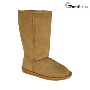Women′s Classic Sheepskin High Boots pictures & photos