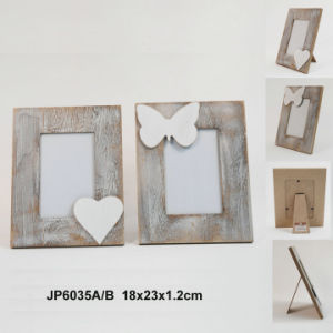 New Vintage Wooden House-Shaped Multiview Photo Frame pictures & photos