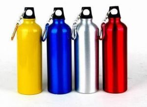Customized Promotional Aluminum Sports Water Bottle with Carabiner pictures & photos