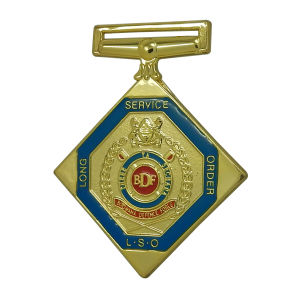 Gold Round Enamel Metal Emblem pictures & photos