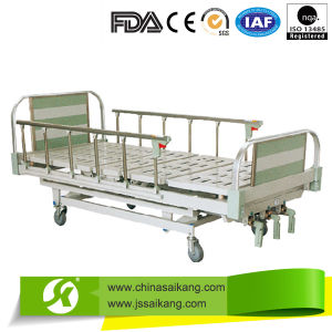 3 Function Multi Panel Hospital Bed (SK024) pictures & photos