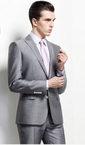 Bespoke Silver Grey Suit Anti-Wrinkle Groom Suit for Wedding pictures & photos