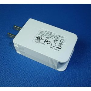 USB Power Adapter with UL/cUL GS Ce SAA FCC Approved pictures & photos