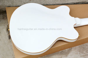Hanhai Music / White 4-String Semi-Hollow Electric Bass Guitar with Gold Binding pictures & photos