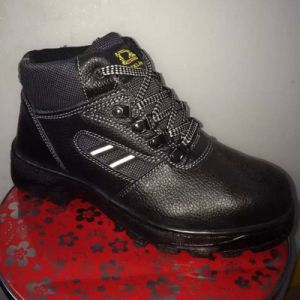 Industrial Casual Security Outsole PU/Leather Safety Working Shoes pictures & photos