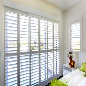 2016 Hot Sales Plantation Shutters From China pictures & photos