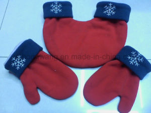 Wholesale Knitted Warm Polar Fleece Gloves/Mittens pictures & photos