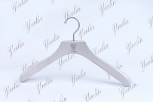 Luxury Wooden Cloth Hanger, White Coat Hanger (YLWD84025W-NTL4) for Branded Store pictures & photos