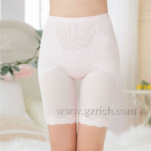 Women Bodyshaper Pants/ Lace Pelvis Correction Pants pictures & photos